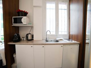 Nice apartment near the Eiffel Tower with garage - Paris vacation rentals