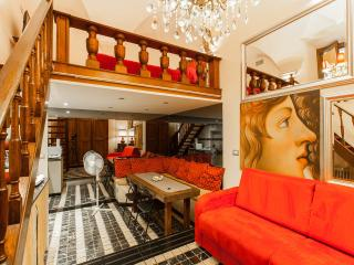 Lovely Gold apartment in Rome center - Navona sq. - Rome vacation rentals