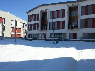 APTO. NUEVO EN SABIÑANIGO/FORMIGAL (Huesca) - Sabinanigo vacation rentals