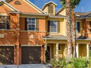 New and Modern Home, Golf Views, Disney in 10 mins - Kissimmee vacation rentals