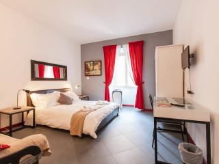 Cozy Flat Near Colosseum - Rome vacation rentals