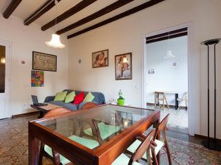 20m2 sunny and quiet roomm, very Central Barcelona - Barcelona vacation rentals