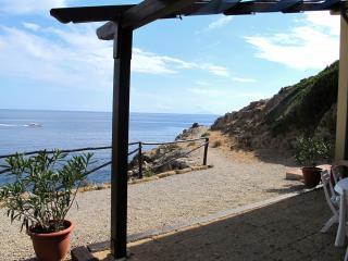 COME IN BARCA, A UN TUFFO DAL MARE! - Capoliveri vacation rentals