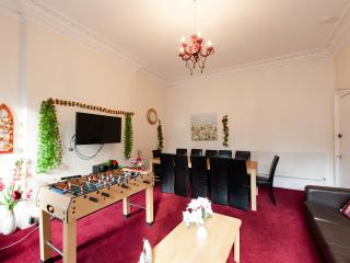 4 Bedroom Holiday Let - City Centre - Edinburgh vacation rentals