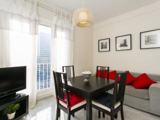 4 Bedroom Pl. Espanya Apartment Amazing Views! - Barcelona vacation rentals