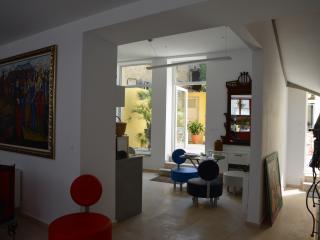 48URBANSUITES, l'urbanité à la campagne - Dun-le-Palestel vacation rentals