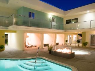 Nice Condo with Deck and Internet Access - Palm Springs vacation rentals