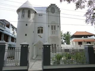 Beautiful House with Internet Access and A/C - Nedumbassery vacation rentals