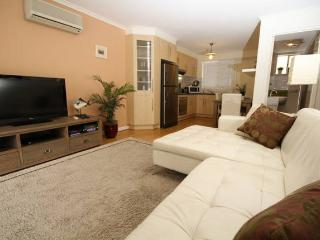 Comfortable 2 bedroom Apartment in West Beach - West Beach vacation rentals