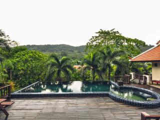 Andaman Residences -150 Villa Baan Bua - Kata vacation rentals