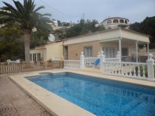 Nr Calpe - Villa Sleeps 10 - Wi Fi- Own Pool- TV - Calpe vacation rentals