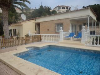 POOL  WI FI  UK TV  -   5 BEDROOMS  - SLEEPS 10 - Calpe vacation rentals