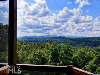 Amazing City/Mountain Views! 4br/3ba Cabin in Aska - Blue Ridge vacation rentals
