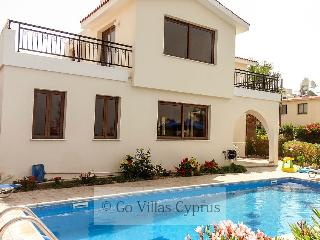 Sleeps 7 - 3BR Villa, private pool, sea views,wifi - Kissonerga vacation rentals