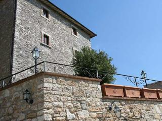 Nice Tower with Internet Access and Satellite Or Cable TV - Grutti vacation rentals