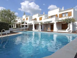 Apartments Quatro Irmaos (Four brothers) - Olhos de Agua vacation rentals
