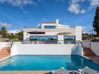 Beautiful Villa with Internet Access and Private Outdoor Pool - Carvoeiro vacation rentals