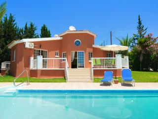 Three Bedroom Bungalow Villa With Private Pool - Peyia vacation rentals
