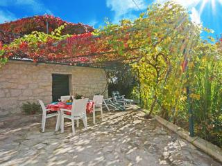 TROGIR, OKRUG GORNJI, villa Maslina 1 - Okrug Gornji vacation rentals