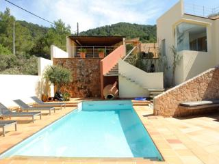Lovely Villa with Internet Access and Garden - Ibiza vacation rentals