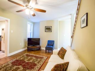 Nice House with Internet Access and A/C - Pittsburgh vacation rentals