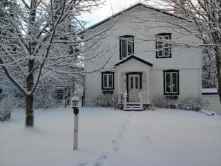 Private rooms for rent - Stoneham Cottage - Stoneham vacation rentals