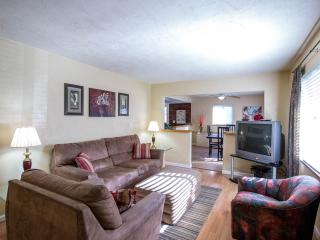 Beautiful Fully Furnished Single Family Home - Pittsburgh vacation rentals
