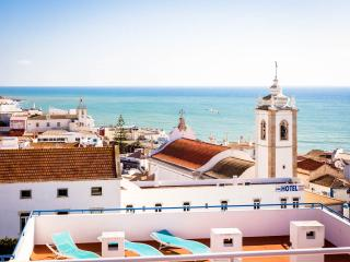 Bay View (5th Floor) - Albufeira vacation rentals
