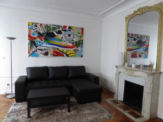 Two Bedrooms Flat In The Center Of Paris - Paris vacation rentals