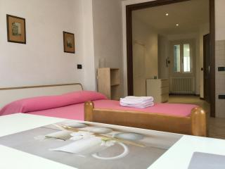 Apartment Le Rondini monolocale - Spoleto vacation rentals