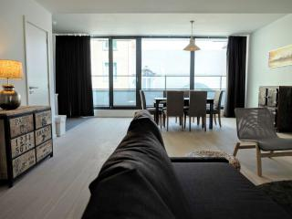 La Monnaie 3B apartment in Brussel centrum with WiFi, balkon & lift. - Brussels vacation rentals