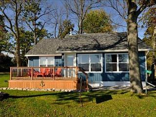Lovely 2 bedroom Dunnville Cottage with Internet Access - Dunnville vacation rentals