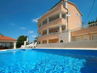 TH00771 Apartments Jaka / Two bedrooms A4 - Podstrana vacation rentals