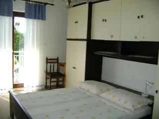 TH02401 Rooms Nada / One double bed S1 - Malinska vacation rentals