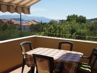 TH01869 Apartments Komarac / Sea view one bedroom A1 - Slatine vacation rentals