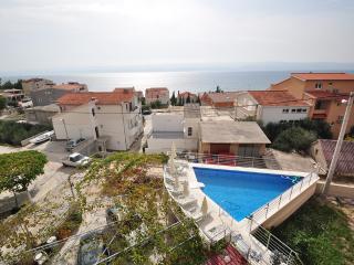 TH03409 Apartments Babaja / Studio A4 - Omis vacation rentals