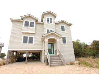 Lovely House with Deck and Internet Access - Duck vacation rentals