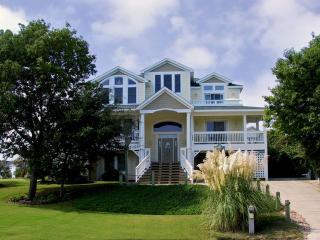 8 bedroom House with Deck in Duck - Duck vacation rentals