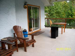 House in Warmland Vancouver Island 2 - 3 1/2 month - Duncan vacation rentals