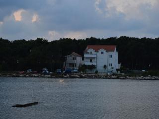 TH01220 Apartments Tenis / One bedroom A1 - Veli Rat vacation rentals