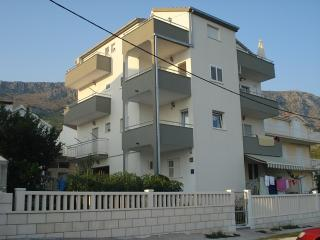 TH03402 Apartments Chiorich / Two bedrooms A6 - Sanski-Most vacation rentals