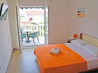 TH00743 Apartments Mijić / One bedroom A2 ORANGE - Razanj vacation rentals