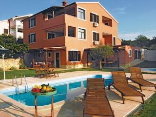 TH00689 Apartments Cetina / Two bedrooms A3 - Banjole vacation rentals