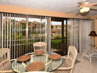 Nice 2 bedroom Sarasota Condo with Internet Access - Sarasota vacation rentals