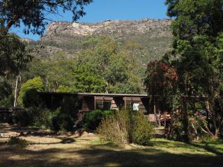 Royston Lodge - Dog-Friendly Halls Gap Getaway - Halls Gap vacation rentals