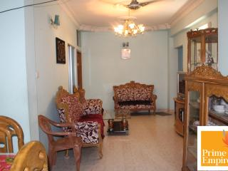 Full furnished flat for rent close to high street - Dhaka City vacation rentals