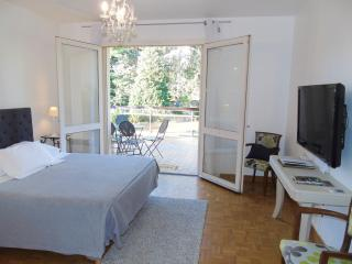 2 bedroom B&B with Internet Access in Chalon-sur-Saone - Chalon-sur-Saone vacation rentals