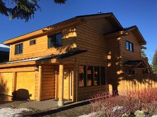 Tahoe Keys Splendor - Gorgeous, Dock, Indoor Hot Tub - South Lake Tahoe vacation rentals