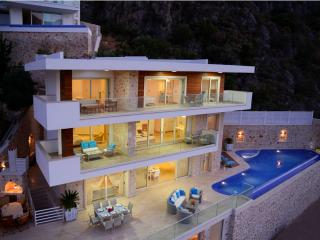 Luxury Villa/6 bedroom/12 sleep/5 night min stay - Kalkan vacation rentals