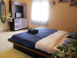 Perfect 4 bedroom Benaulim Guest house with Dishwasher - Benaulim vacation rentals